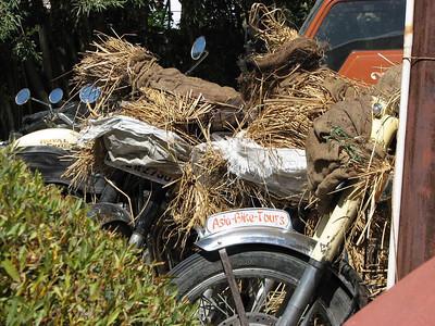 Andere Enfields van Madaan, klaar voor transport naar Delhi