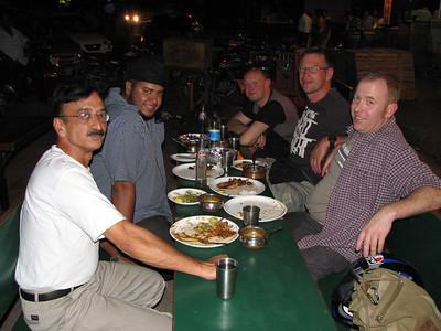 vlnr: Ashwani, Sooby, Chris, Bert, Hans