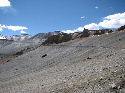 Op weg naar 5300 meter, Tanglang La