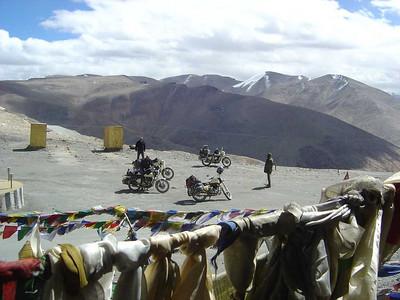Pashoogte Tanglang La, 5300 meter hoog!